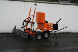 Optional: Spray bar, spraying width up to max. 1.60 m, manually switchable, incl. edge spraying unit