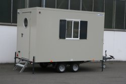 WEIRO® CUBIC with tandem chassis and propane gas heater (rear view)